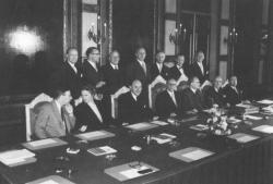 Kabinet-Drees IV