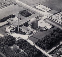 Het reactorcomplex in Delft