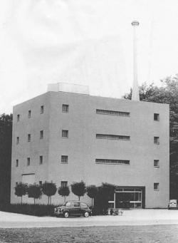 Het reactorgebouw in Wageningen in 1964